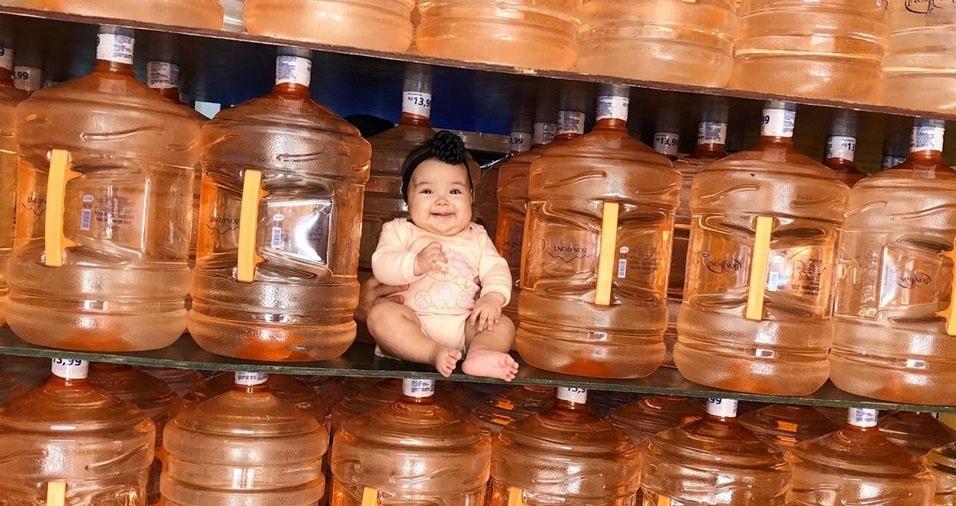 De Osasco (SP), a Isa Dias mandou foto da bebê Eloá Dias