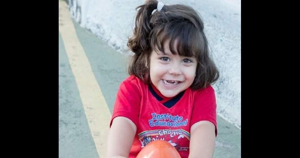 A mamãe Paula Thamires enviou foto da filha Laysa, de Conselheiro Lafaiate (MG)