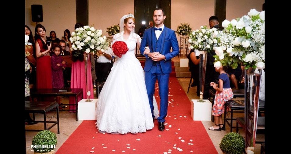 Mari Sena e Eliezer Brito casaram em 21 de abril de 2017, no Espaço Sausalito, em Mairiporã (SP)