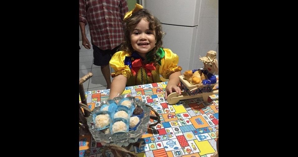 Mamãe Elizângela Maria dos Santos é a mãe da Luiza Helena, de dois anos. Elas moram em Teresina (PI)