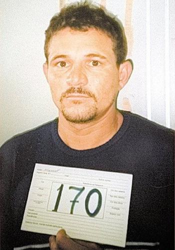 O principal comparsa do sequestrador Andinho era Manoel Alves da Silva, o Sasquati. Homicida, assaltante e traficante, Sasquati se especializou também em sequestro após a convivência com Andinho, bandido que conheceu na Penitenciária de Hortolândia, e de onde fugiram em 2000. Conhecido também como Rei das Fugas, Sasquati fugiu seis vezes da prisão e se especializou em livrar companheiros das cadeias. Em uma ocasião, o criminoso invadiu com seu bando o terceiro distrito de Sumaré (SP), atirando com fuzis, deixando dois policiais mortos, um ferido, e livrando dezenas de criminosos, muitos deles do PCC
