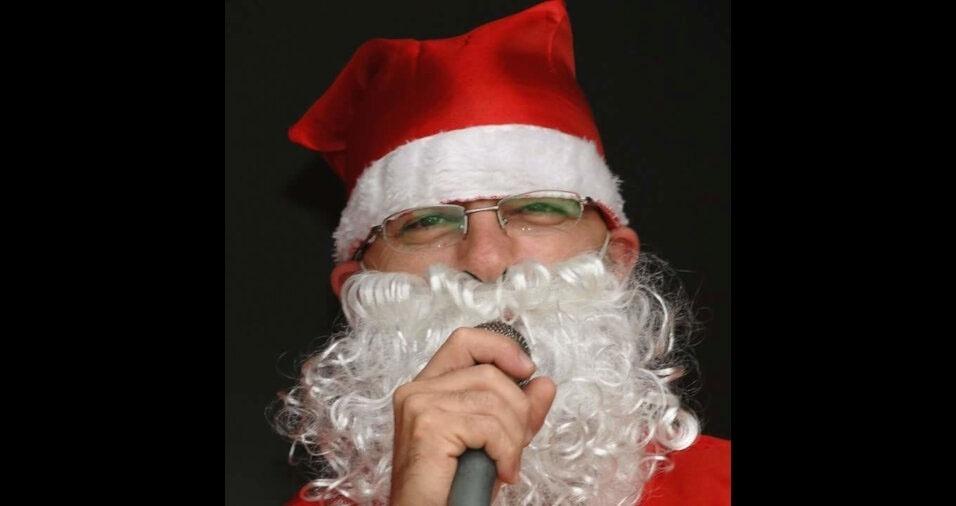 Pedro Almeida, de São José dos Campos (SP), revela que também já foi Papai Noel