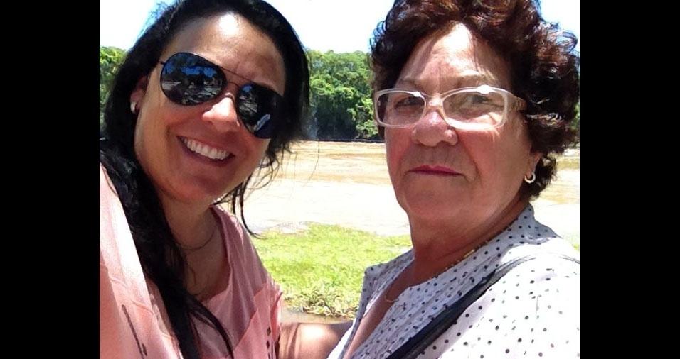 Sandra com a mamãe Alzira