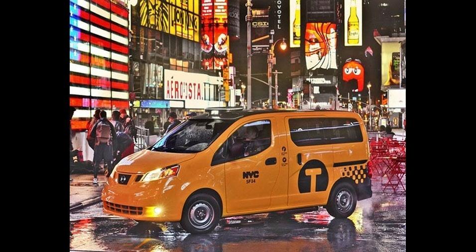 7. Os táxis laranjas de Nova York, nos EUA, tem também a versão van