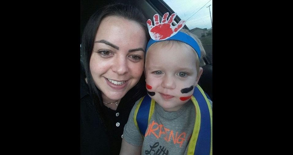 """Mamãe Aline com o filho João Lucas: """"Muito amor"""""""