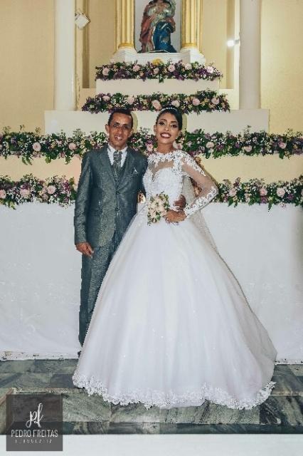 Alone Santos Dias e Abel Rocha se casaram no dia 13 de janeiro de 2018 em Encarnação de Salinas (BA)