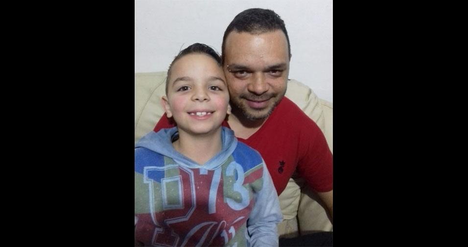 Marcos Leal, de Mauá (SP), com o filho Felipe