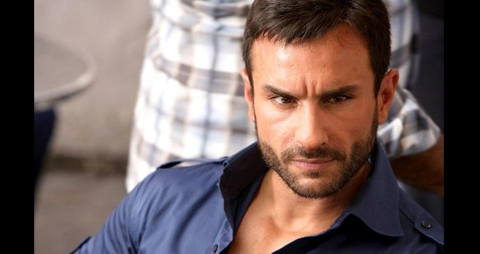 41. Saif Ali Khan. Diretamente de Bollywood, o galã indiano conquista o coração de quem assiste suas atuações, que incluem a interpretação de uma versão da Índia de James Bond