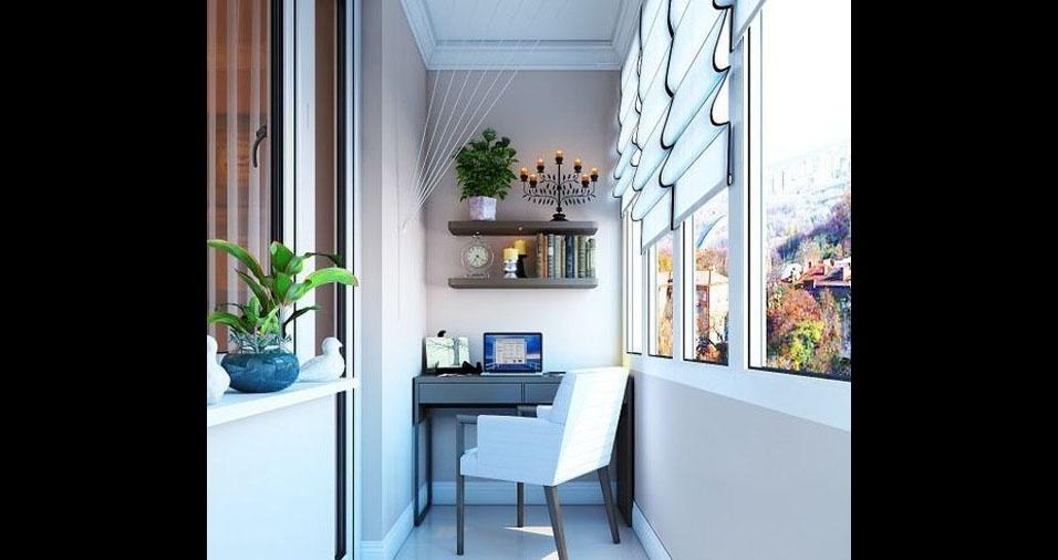 8. Outra varanda estreita com poucos móveis, uma cadeira confortável estilo poltrona, onde a luz natural é bem aproveitada