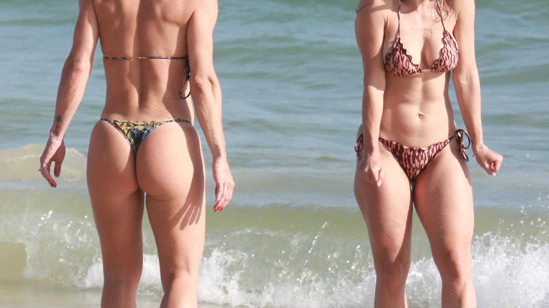 18.nov.2017 - Mirella Santos e Franciely se refrescam