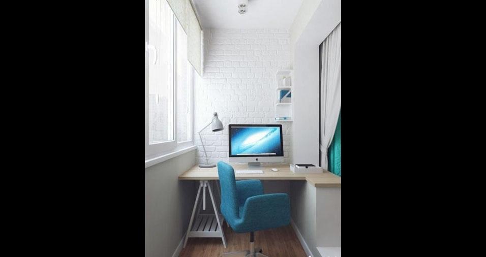 7. Que tal uma varanda branca moderna com paredes de tijolos aparentes, mesa com cavalete emendada com um pequeno balcão e uma chamativa cadeira azul?