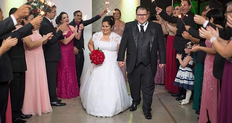 Bruno Gonçalves e Andreia Miyamoto trocaram alianças em Americana (SP), no dia 27 de maio de 2017