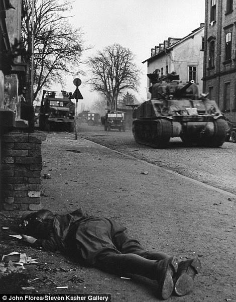 Imagem registrada na Alemanha, em abril de 1945