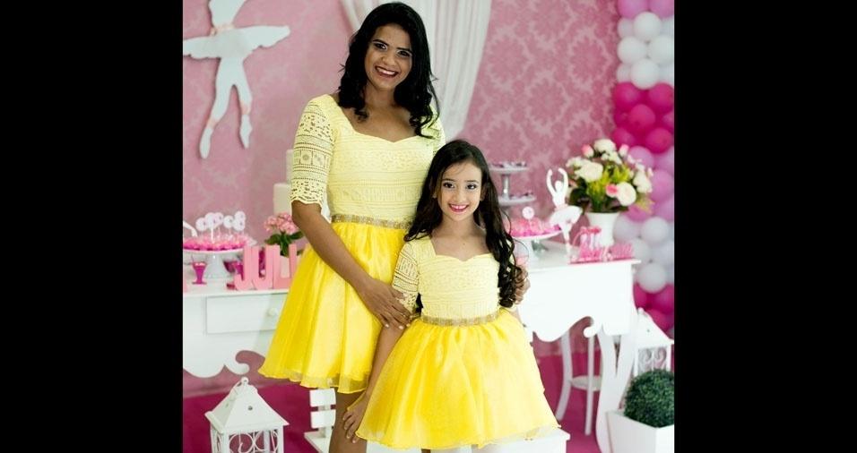 Meire  com a filha Anna Júlia, de Ji-Paraná (RO)