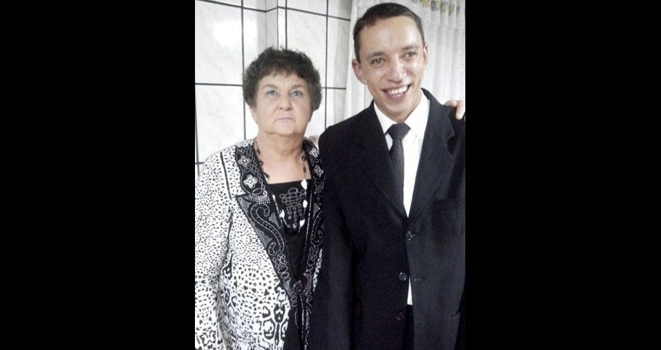 Valdecio Serafim com a mãe Ana Serafim, de Rio do Sul (SC)