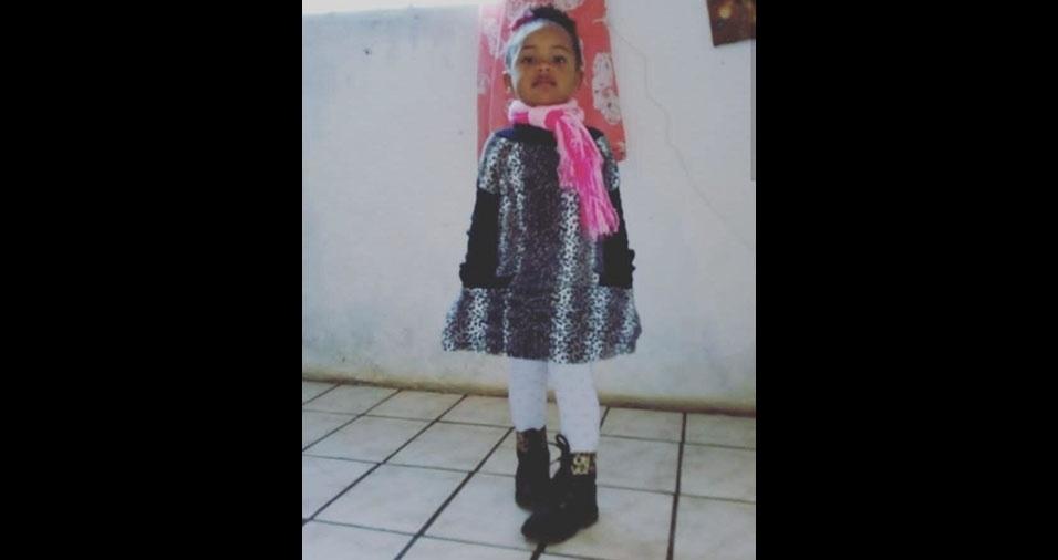 Janaína Rodrigues da Silva, de Itapecerica da Serra (SP), enviou foto da filha Laura Yasmim