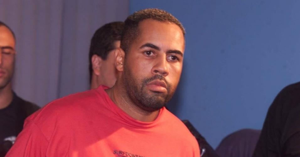 Jorge Alexandre Cândido Maria, o Sombra (foto), e Carlos Orlando Messina Vidal, o Chileno, foram presos em 2003 acusados de dar continuidade aos negócios de Fernandinho Beira-Mar no tráfico internacional de drogas