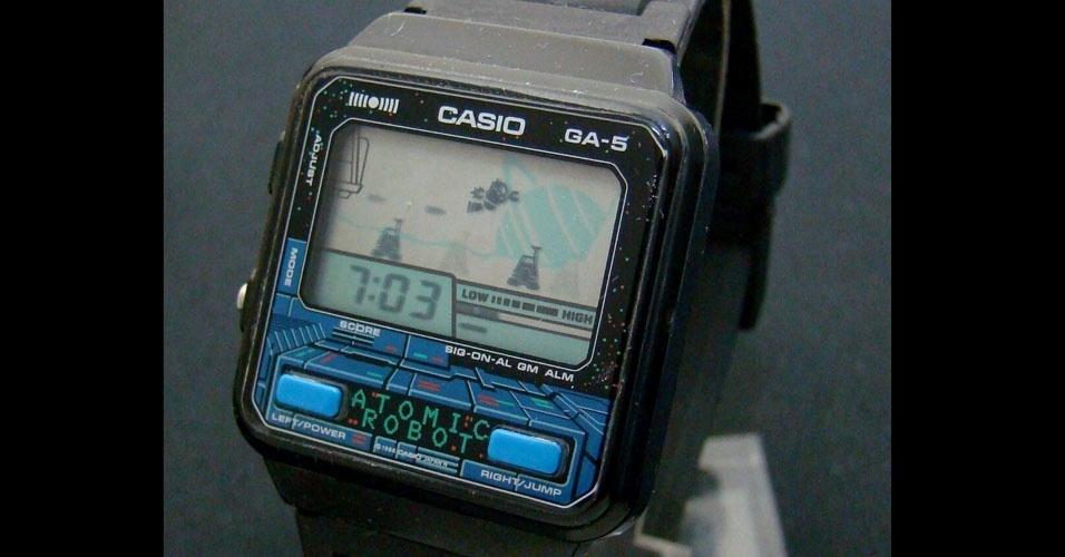 18. Os relógios digitais eram um sucesso. Se tivessem calculadora ou joguinho, eram o máximo