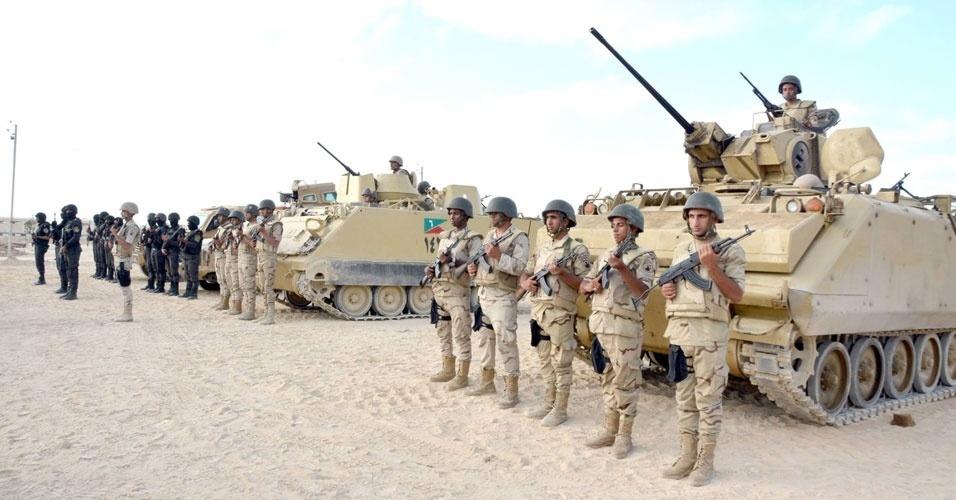 18. Sinai, Egito. Ataque a um posto de controle do exército egípcio em 14 de outubro. Foram mortos 12 soldados do Egito e 15 militantes do Wilayat Sinai, ramo do Estado Islâmico
