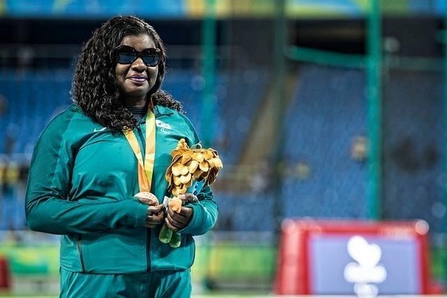 9.set.2016 - Izabela Campos foi bronze no lançamento de disco F11 com 32,60 m