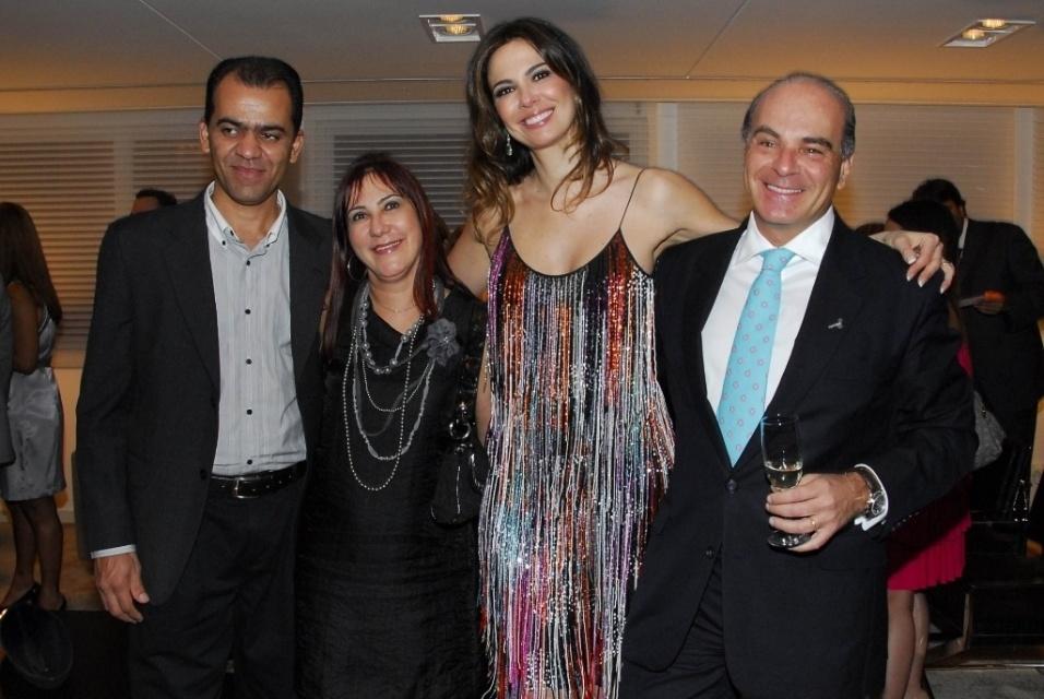 26.jan.2010 - João Vasconcelos, Rosemary de Noronha, Luciana Gimenez e o marido, Marcelo Carvalho