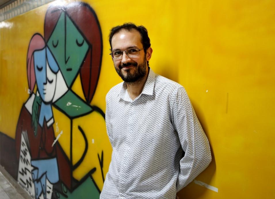 """Apaixonado pelo que faz, o professor Fábio Augusto Machado  buscou, durante o projeto """"A construção da identidade"""", expandir a autonomia do aluno, através da criação de saraus sociais, rodas de discussões e documentários em vídeo"""
