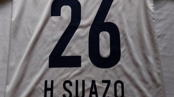 8a7b9007459b3 15 jogadores que tiveram a camisa aposentada no futebol - Listas - BOL