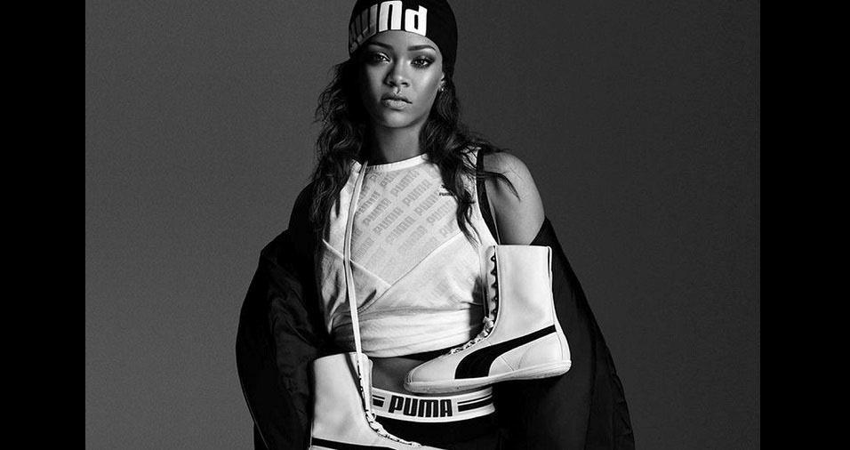 078129c11 Veja a trajetória e as polêmicas da cantora Rihanna - BOL Fotos ...