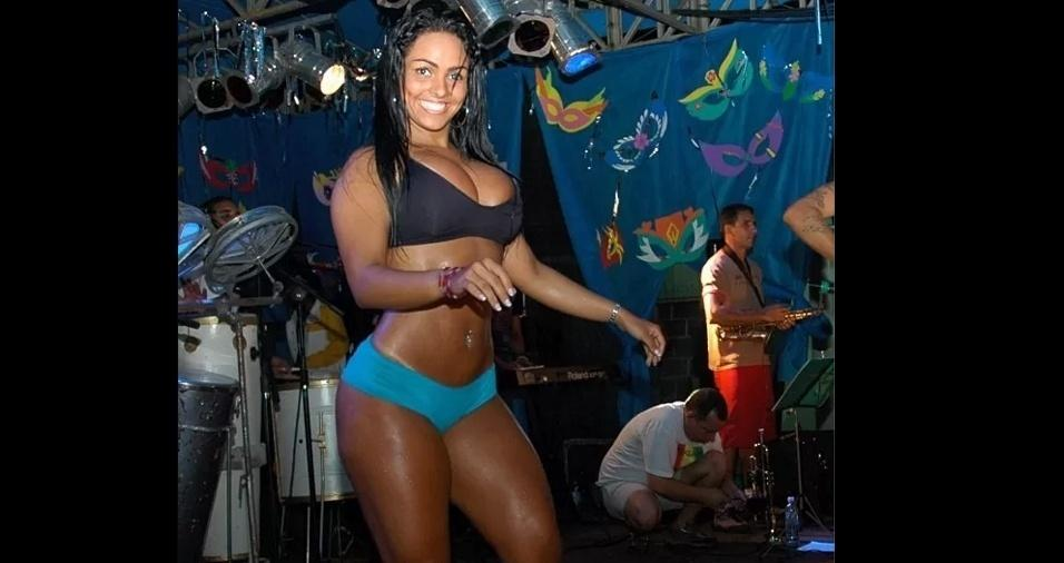 Andressa Soares 02