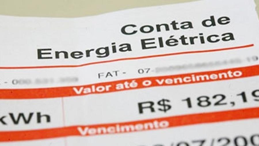 Consumidores devem ser notificados novamente sobre atraso; famílias de baixa renda continuam beneficiadas até o fim do ano; Imagem ilustrativa - Reprodução/ESBrasil