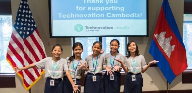Cinco meninas desenvolveram um aplicativo com o objetivo de estimular a economia local do Camboja