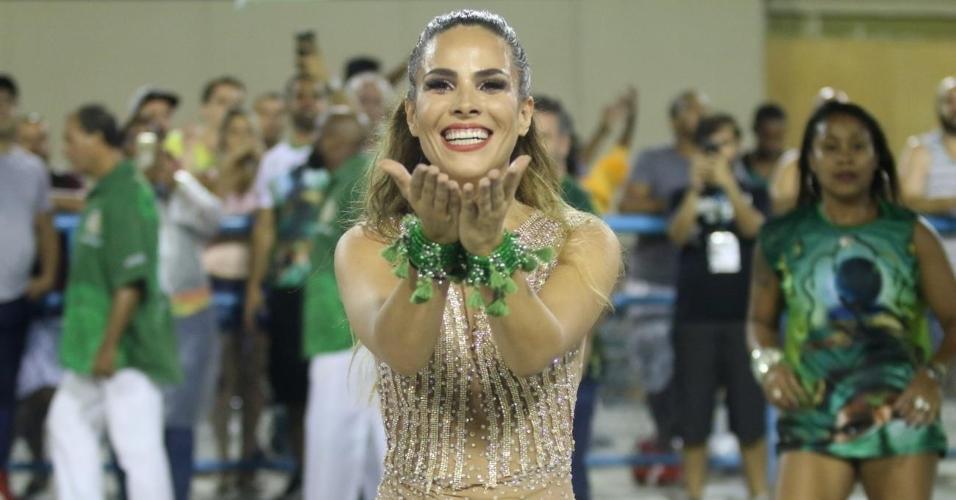 22.jan.2017 - Wanessa Camargo, musa da Mocidade, participa do ensaio técnico na Sapucaí
