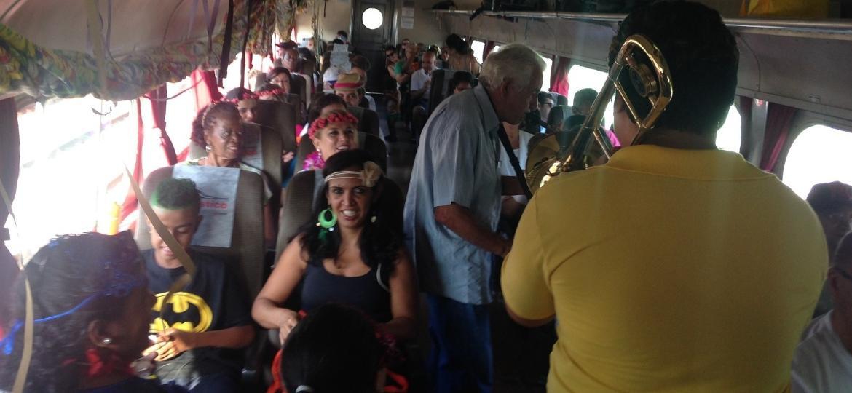 Expresso Turístico que sai da Luz e segue pra Mogi das Cruzes - Divulgação/viagensdetrem.com.br