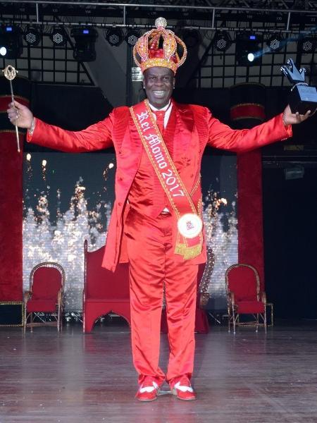 Robson Santos, da Imperador do Ipiranga, é o atual Rei Momo de São de Paulo - Eduardo Martins/AgNews