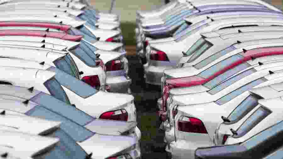 No total, 214,3 mil carros foram licenciados em novembro -