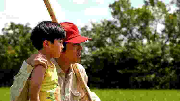 Alan Kim contracena com Steven Yeun, conhecido por 'The Walking Dead', em 'Minari' - A24 - A24