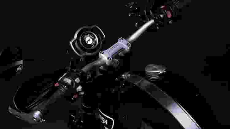 Painel digital mostra animação exclusiva do agente mais famoso do mundo ao ligar a moto - Divulgação