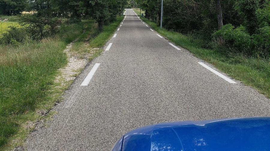 Estrada no Luberon - Rafaela Borges/UOL
