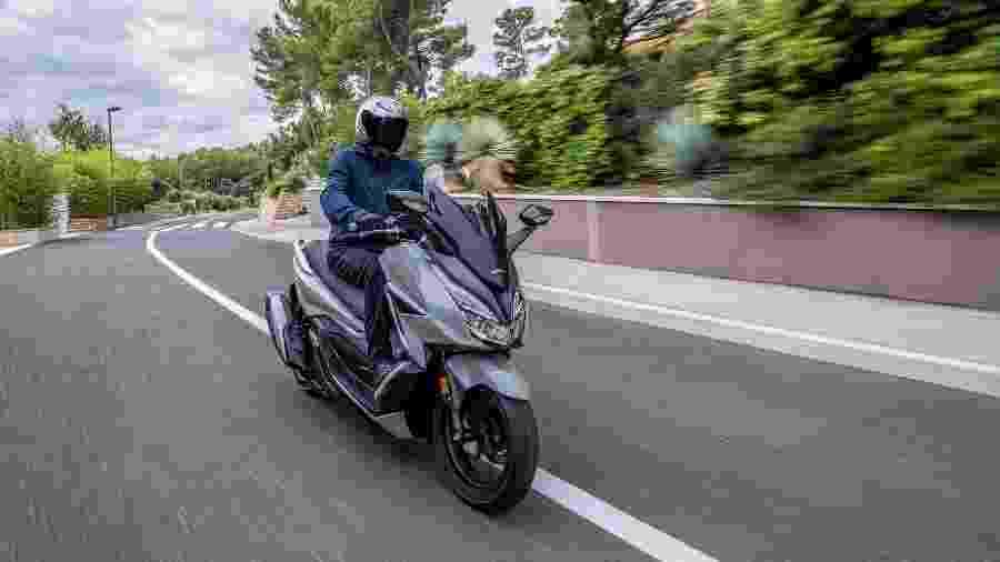 Honda Forza 350 vem brigar com a Yamaha XMax 250 - Divulgação