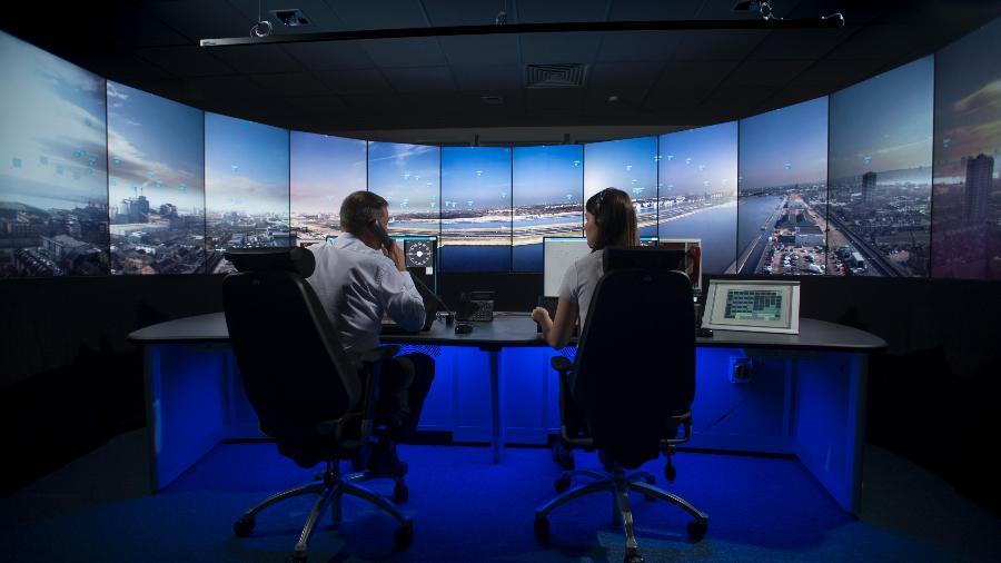 Torres de controle remotas vêm ganhando mais espaço na aviação desde a última década - Divulgação/NATS