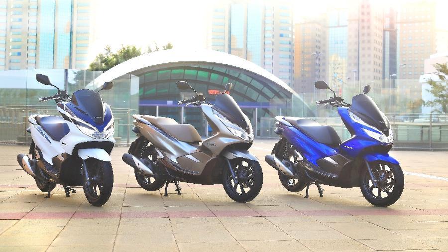 Honda PCX não ganhou motor de 160 cc para 2022 no Brasil; preços, porém, tiveram aumentos de cerca de 4%  - Divulgação