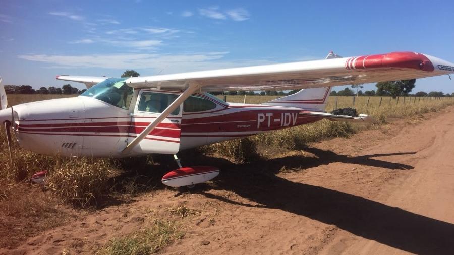 Avião interceptado pela FAB em 2018 transportava 300 kg de pasta-base de cocaína - Polícia Federal
