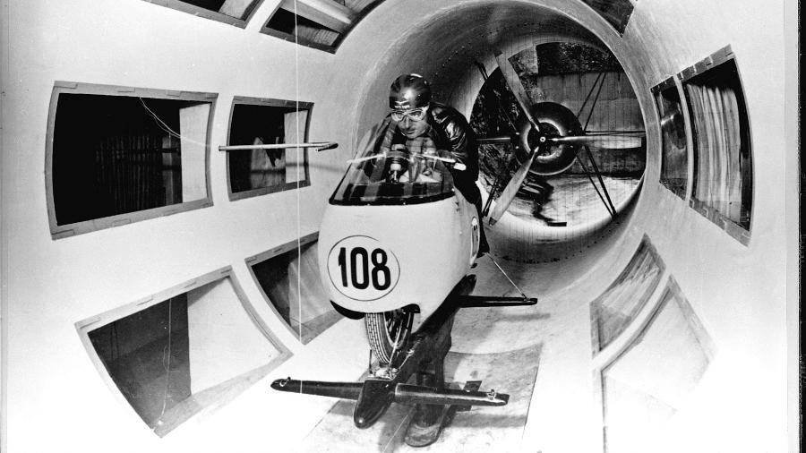 Inovadora, marca italiana foi a primeira fabricante de motos a usar túnel de vento ainda na década de 1950 - Divulgação