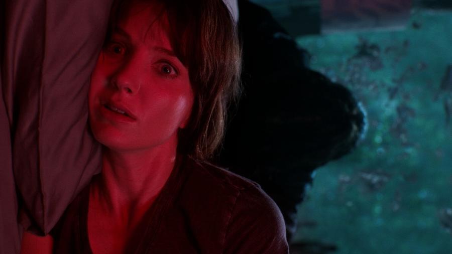 """Annabelle Wallis sonha acordada em """"Maligno"""" - Warner"""