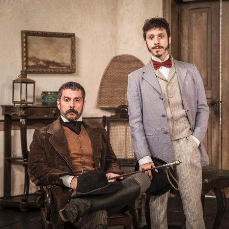 """Alexandre Nero e João Pedro Zappa: Tonico e Nélio em """"Nos Tempos do Imperador""""  - João Miguel Junior/rede globo/divulgação"""