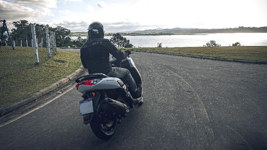 Lubrificante específico para scooter traz benefícios como economia de combustível e melhor desempenho do motor   - Divulgação
