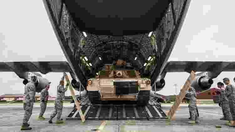 Tanque C-17 - Sgt. Richard Wrigley/Divulgação/Exército dos EUA - Sgt. Richard Wrigley/Divulgação/Exército dos EUA