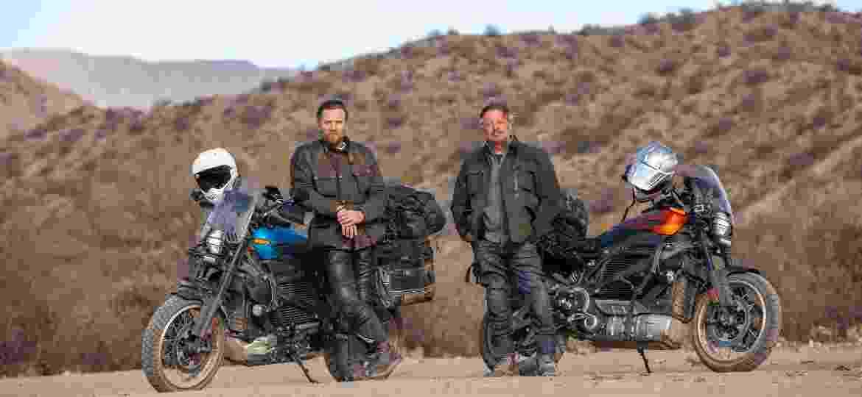 Ator escocês e o amigo Charles Boorman foram da Patagônia ao México com duas Livewire; primeiros episódios estarão disponíveis a partir de 18 de setembro - Divulgação/Apple
