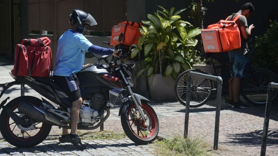 Com mais entregas e mais quilômetros percorridos, é preciso cuidar com carinho de sua companheira diária de trabalho - Fernando Frazão/Agência Brasil