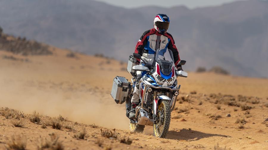 """Honda Africa Twin CRF 1100L Adventure Sports SE é versão mais """"aventureira""""; preço parte de R$ 90.490   - Divulgação"""
